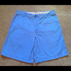 "Izod men's shorts size 38 blue Inseam 9"" pockets"